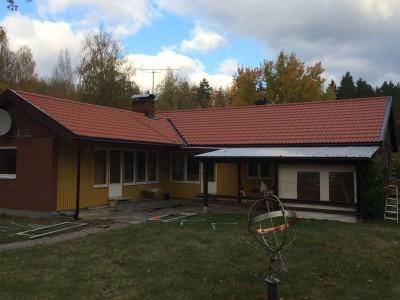 Komplett takrenovering med vattenavrinning