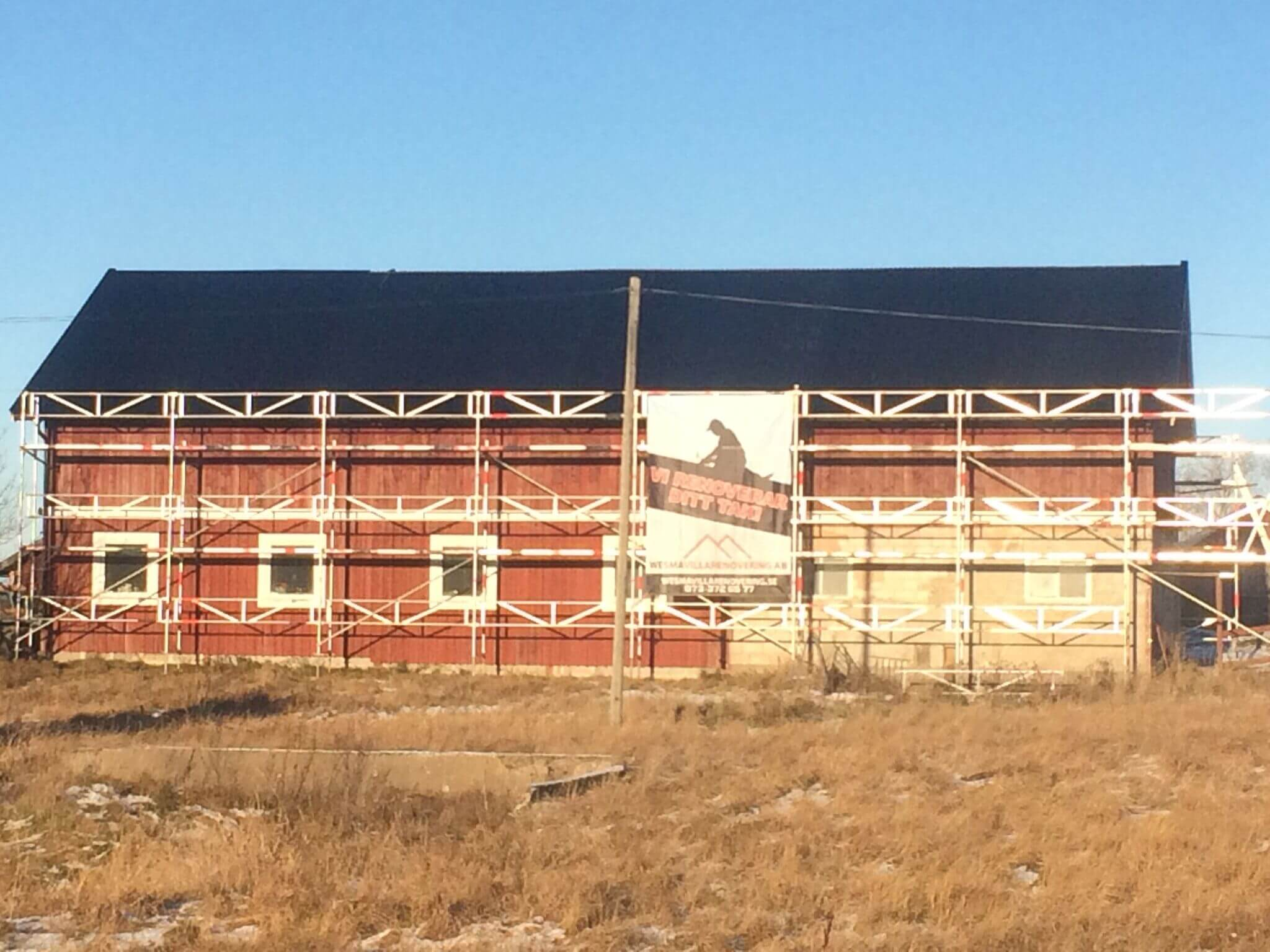 renovering-ekonomibyggnad-gnesta-nytt-plattak